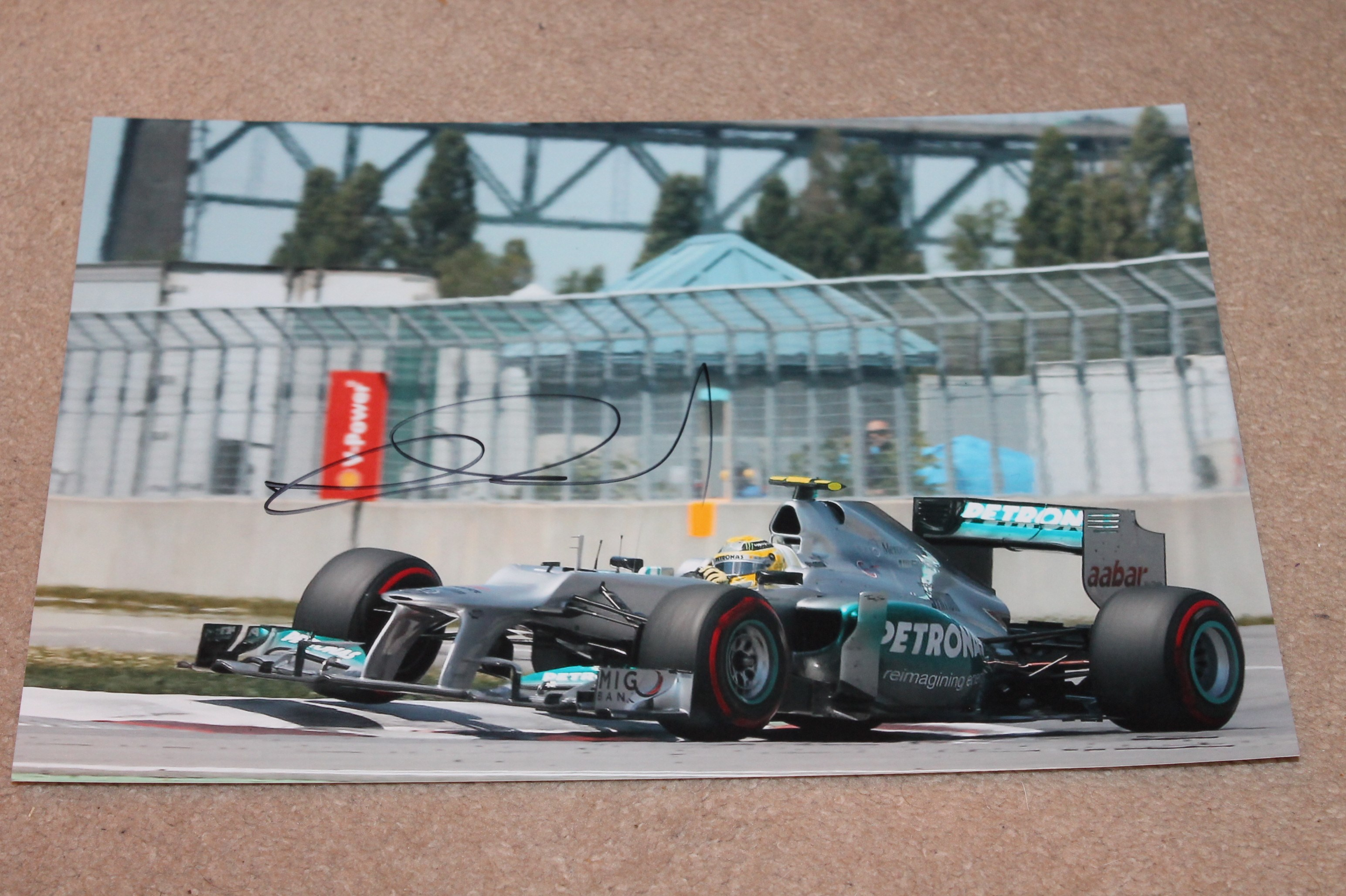 NICO ROSBERG SIGNED PICTURE