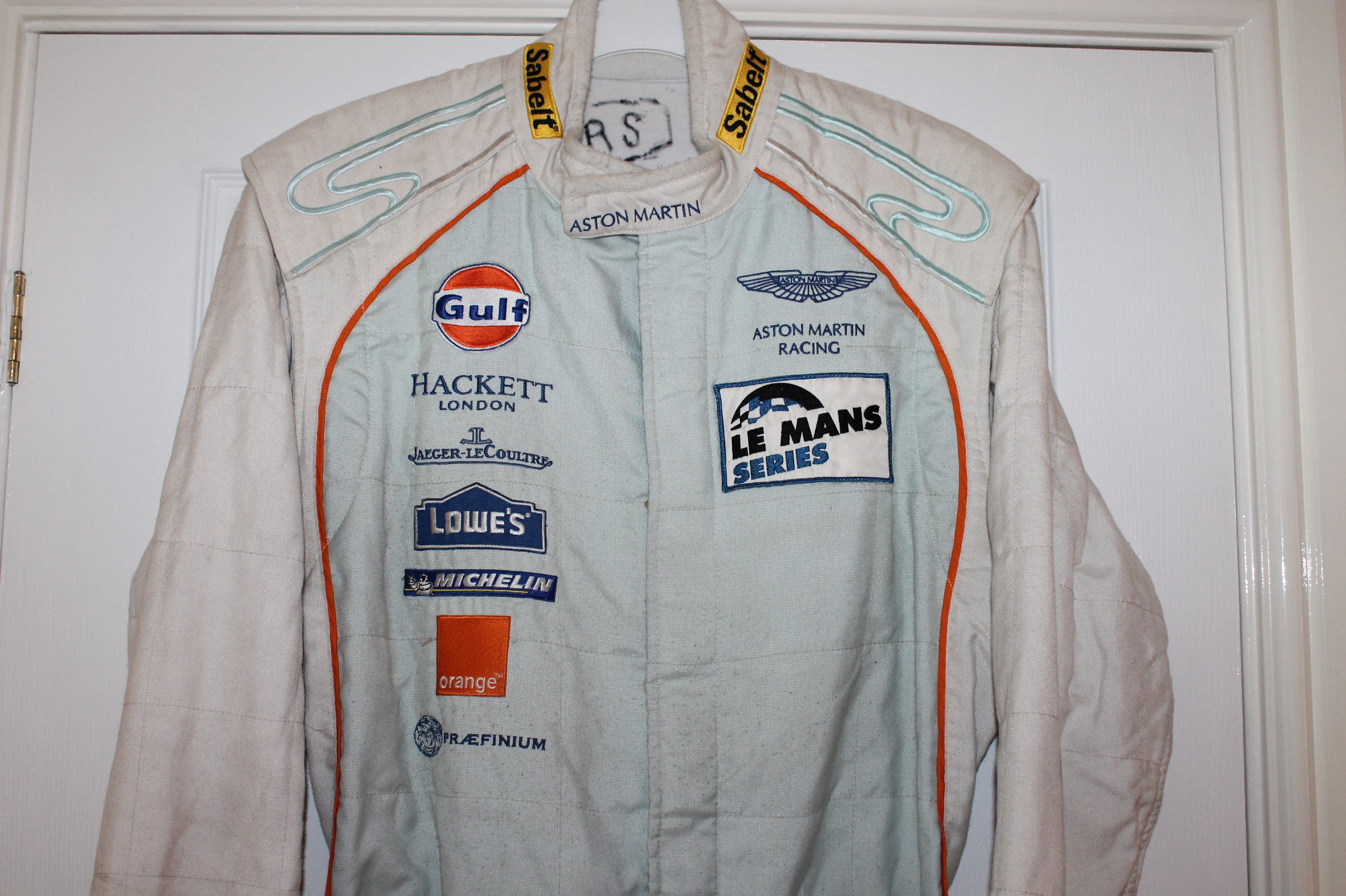 2010 ASTON MARTIN MECHANICS SUIT